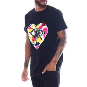 New! Men's Eye Of The Heart Black Shirt Size L